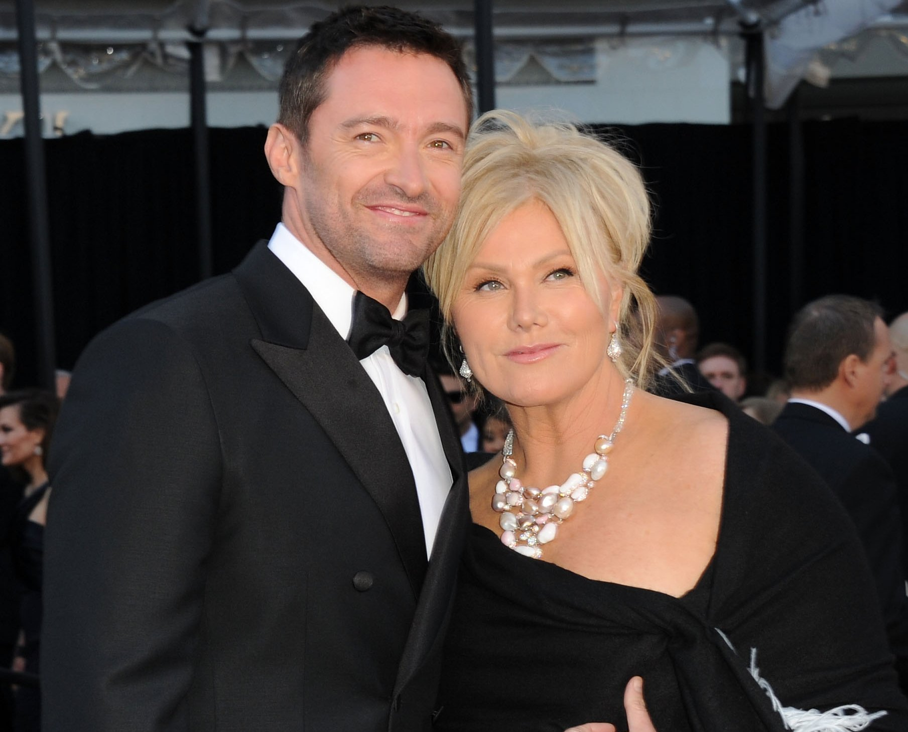 Deborra-lee Furness's Wiki: Wedding,Net Worth,Kids,Child ...