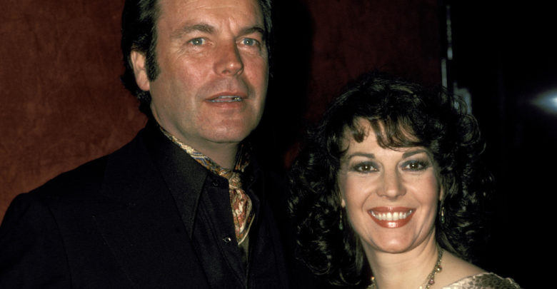 Robert Wagner S Bio Wiki Spouse Net Worth Wife Son Today Child Death